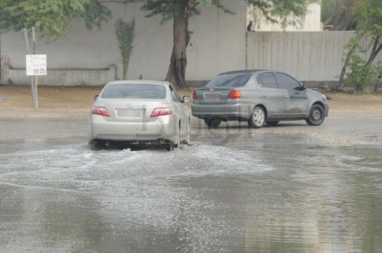 شاهد الصور بعد هطول الأمطار لهذا اليوم الأحد 13-12-2009 View_111260688280