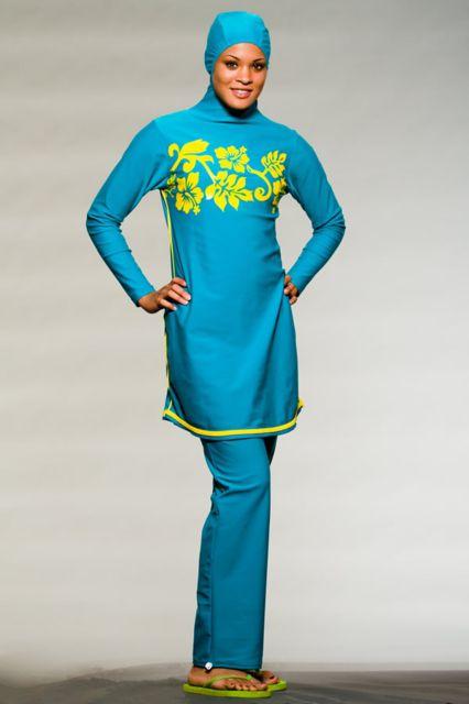 مرحباااا صباياااا.. قدمت مصممة أزياء تركية عرضاً جديداً لمجموعة من