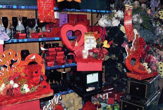 f4b2012c6 الألماس و«الماركات» العالمية تخطف الأضواء من الورد والحلويات بـ «عيد الحب»