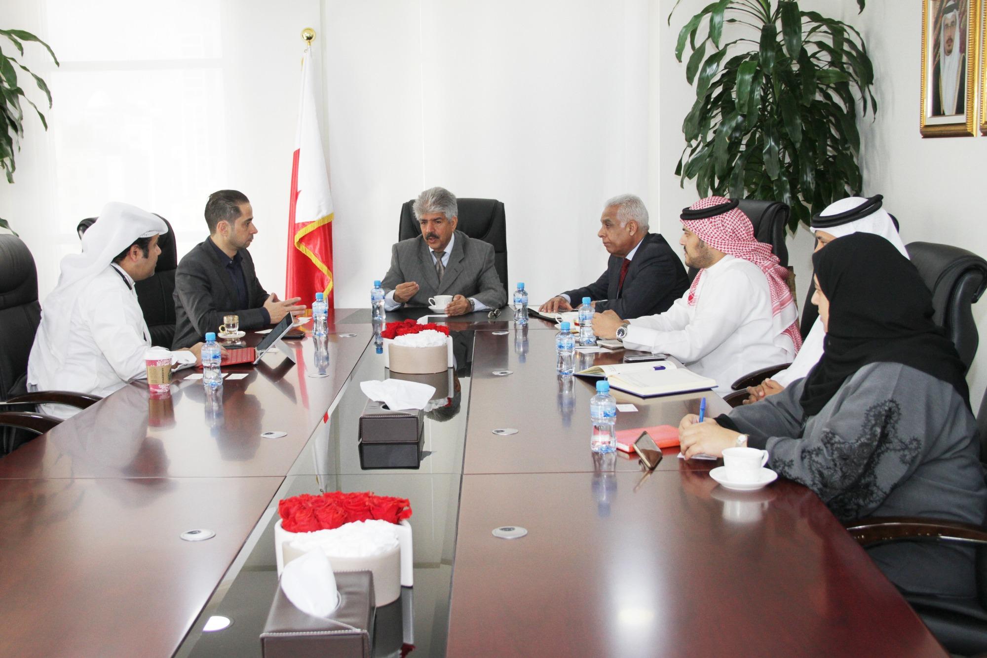 الخيرية الملكية  تبحث التعاون مع شركة  مايكروسوفت    البحرين - صحيفة الوسط البحرينية - مملكة البحرين