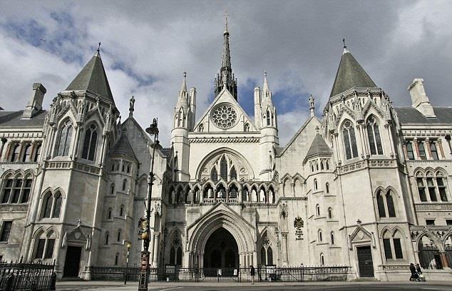 نتيجة بحث الصور عن المحكمة العليا في لندن