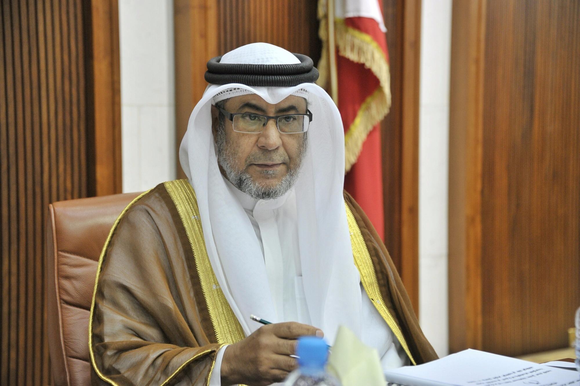 """لماذا تأخر تسكين موظفي """"البحرين للتدريب"""" على هيكل المعهد ..."""
